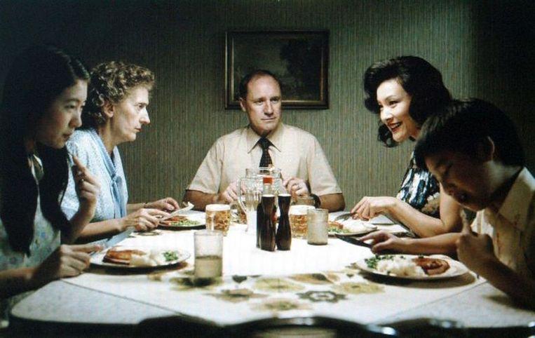'Regisseur Ayres zoekt het antwoord in een altijd bruikbaar cliché: Rose had een slechte jeugd.' Beeld