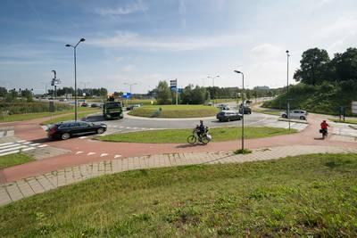 Bezorgde Fietsersbond wil actie: 'rotonde hotel Vught is onveilig'