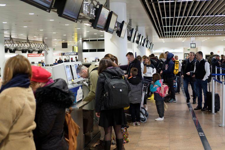 De luchthavenpolitie startte gisteren met stiptheidsacties op Brussels Airport.
