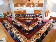 Burgemeester en wethouders antwoorden in Almelo te laat