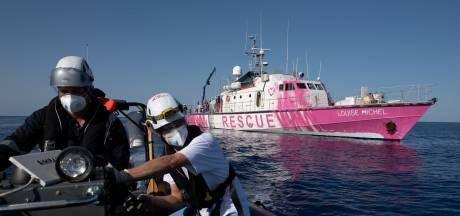 Le bateau de Banksy appelle à l'aide après un sauvetage massif, un mort à bord