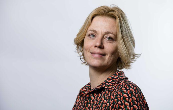 Portret van PvdA-kandidaat Christa Oosterbaan.