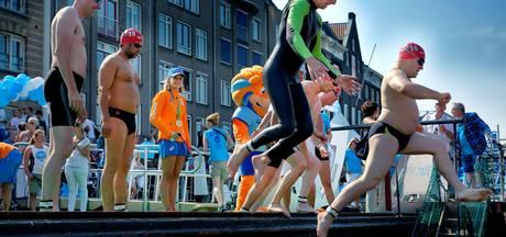 Swim to Fight Cancer 'magische grens' van twee ton bereikt