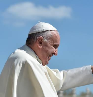 """Vaticaan: """"Gewijde maagden hoeven geen maagd te zijn"""""""
