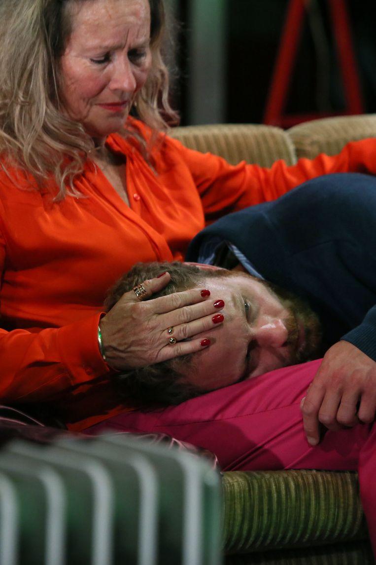 Marie Louise Stheins en Chiem Vreeken in 'Skylight'.   Beeld Sanne Peper