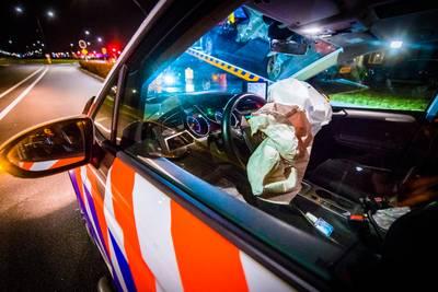 Veghelnaar (33) rijdt in Eindhoven in op agenten: achtervolging breekt hem op
