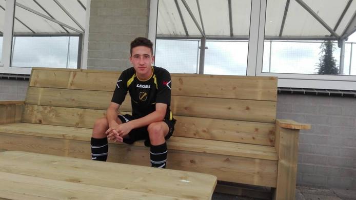 Bodi Brusselers speelt inmiddels in het eerste van NAC maar is nog altijd lid van de Kidsclub.