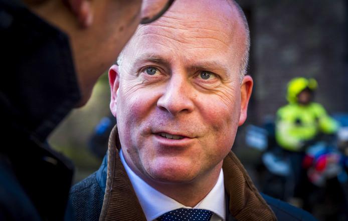 Raymond Knops op het Binnenhof