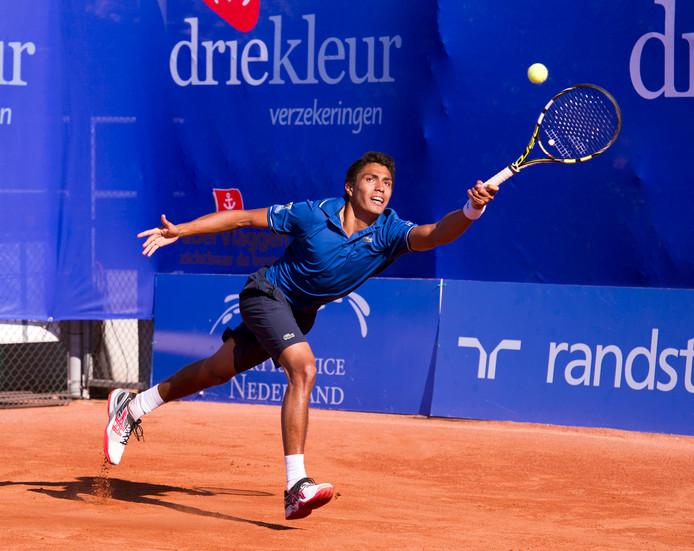 Thiago Monteiro strekt zich tijdens een eerdere editie van de Challenger Zeeland voor een bal. Het tennisevenement houdt na acht edities op te bestaan.