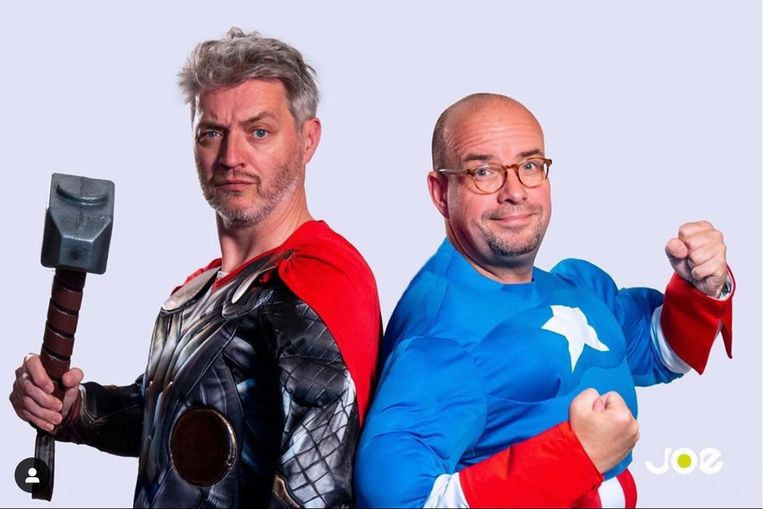 - Kürt en Sven verkleed als Thor en Captain America.
