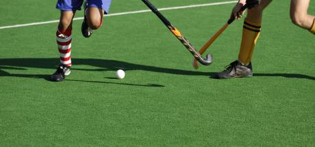 Hockeyers Apeliotes denderen door