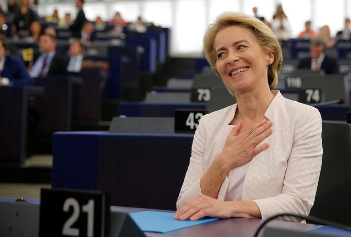 Ursula von der Leyen a montré son soulagement après le vote.