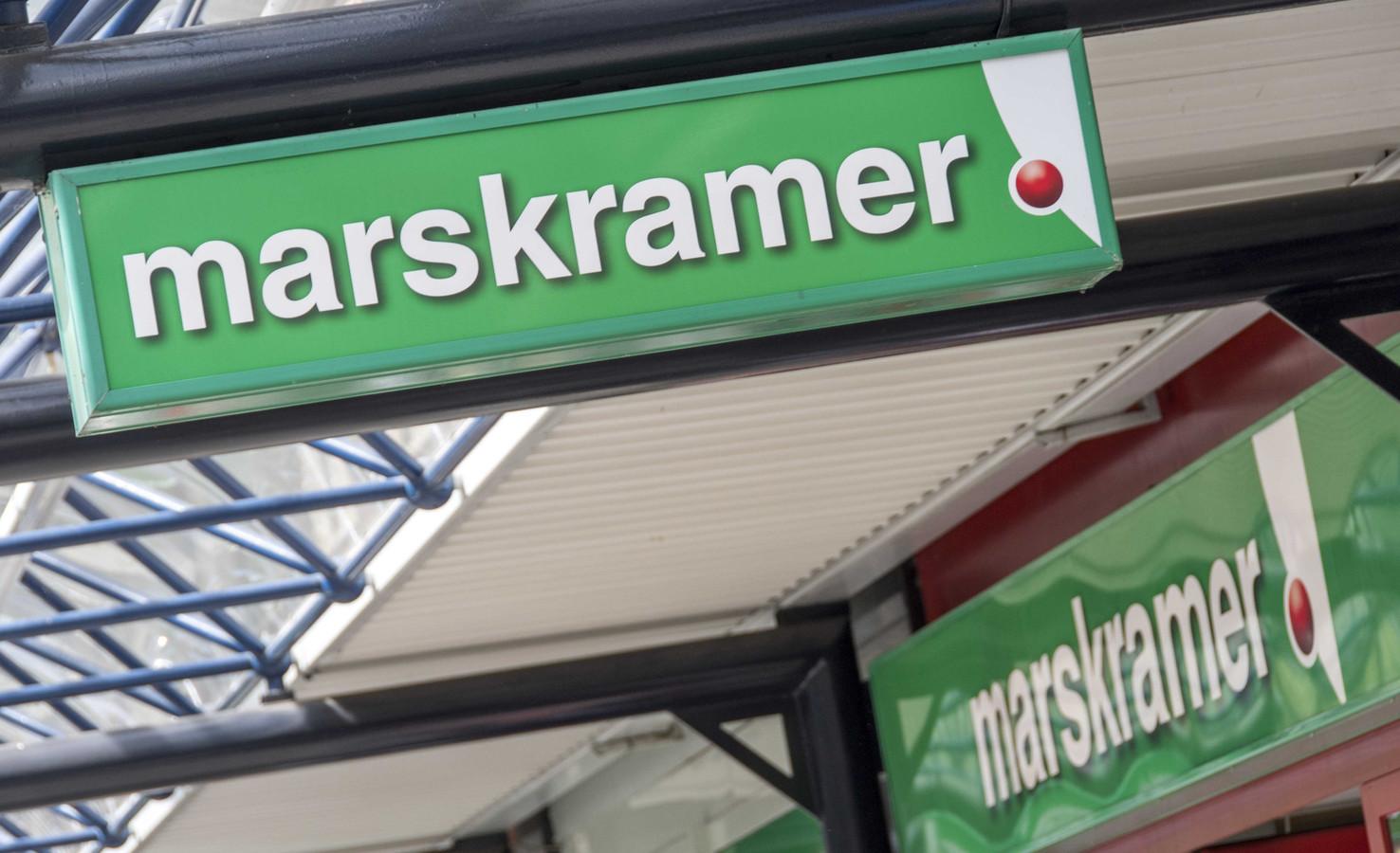 Marskramer verdwijnt niet uit het Aalburgse straatbeeld.
