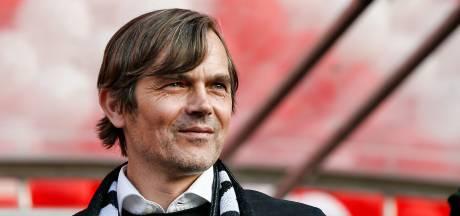 Fenerbahçe meldt zich bij PSV en onderhandelt over transfer Cocu