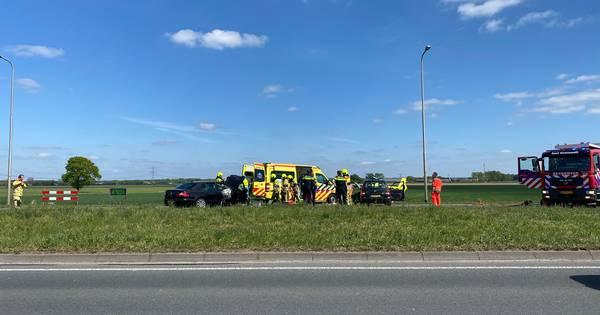 Ernstig ongeluk in Nederasselt: slachtoffer bevrijd uit auto.