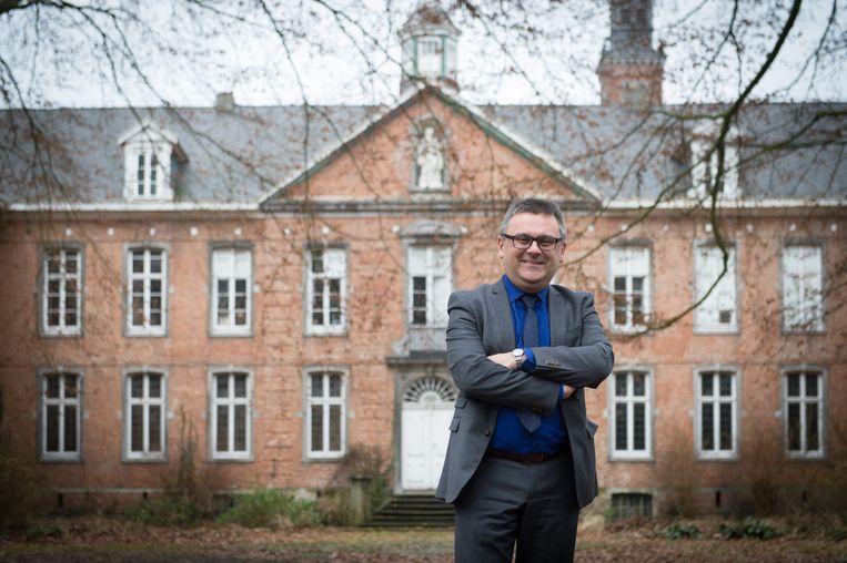 Burgemeester Luc De boeck aan de abdij van Bornem.