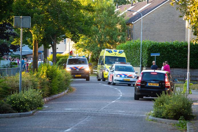 Onrust in de straat in Wapenveld na het incident met de hooivork.