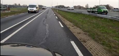 Provinciale weg bij Woerden opnieuw verzakt: 'Grondig onderzoek is nodig'