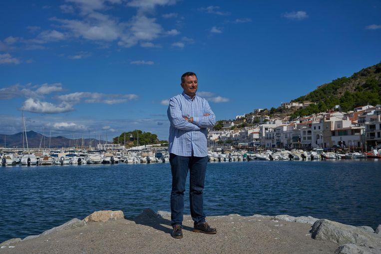Burgemeester Josep Maria Cervera: 'De dag na het referendum geldt de Spaanse wet misschien al niet meer.' Beeld Samuel Aranda / de Volkskrant