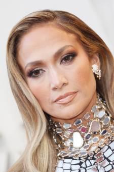 À quoi ressemblent les masques pour  fesses vendus par Jennifer Lopez?