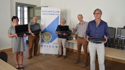 Rotary schenkt 65 laptops aan lager onderwijs tegen leerachterstand bij kansarme kinderen