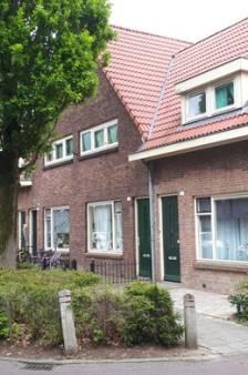 Verdachten van mishandeling vluchtelingengezin in Enschede weer vrij