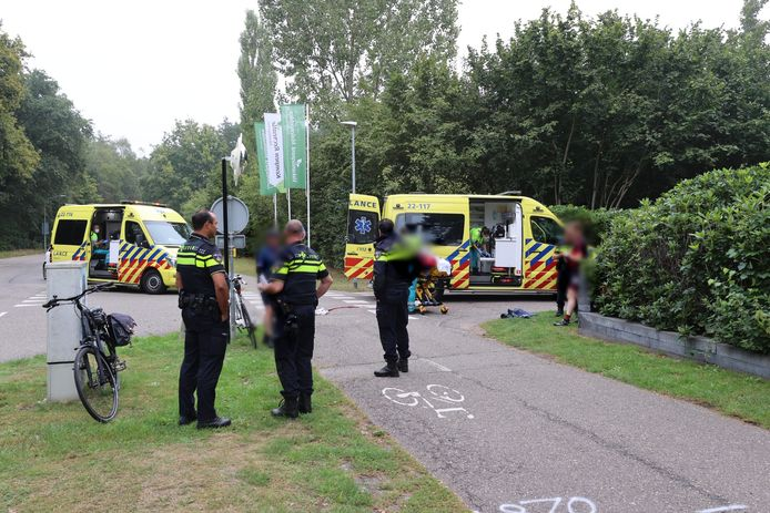 Twee personen naar het ziekenhuis na aanrijding bij Oerle.