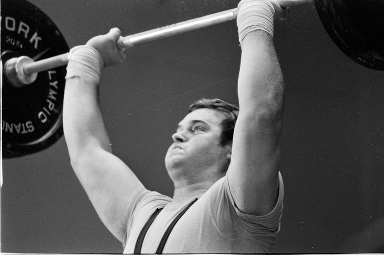 Van der Kruk in actie tijdens de Olympische Spelen van Mexico, 1968. Beeld ANP