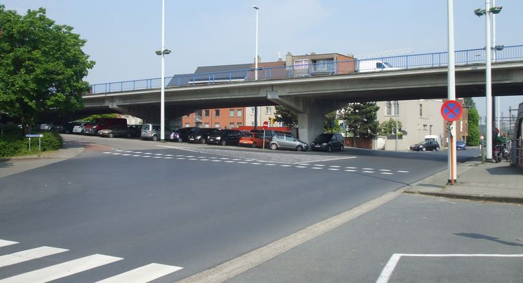 De Centrumbrug in Izegem.
