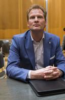 Vitesse-directeur Pascal van Wijk in de rechtbank.