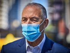 Aboutaleb: 'Winkeliers, bedien alleen klanten met mondkapje'
