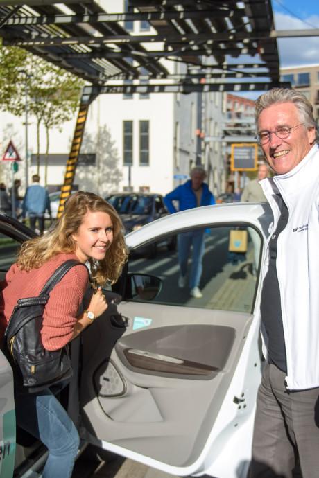 Burgervader als taxichauffeur: designweek geeft op mooie manier smoel aan Eindhoven