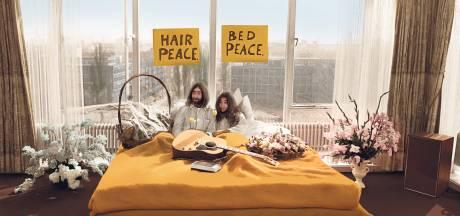 'Waar kom jij vandaan?', vroeg mijn ma. 'Ik zat bij John Lennon op bed'
