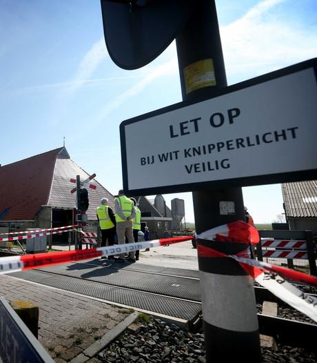 Extra borden bij spoorwegovergang in Harlingen na botsing
