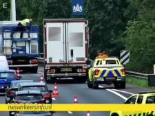 Ongeluk tussen twee vrachtwagens op A67 bij Geldrop