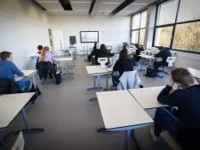 Grotere ruimtes of de klas verdelen: veel scholen moeten improviseren met 1,5 meter-regel