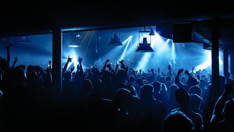 De Amsterdamse student met het beste idee host een eigen clubavond in de Marktkantine. Beeld Tim Buiting
