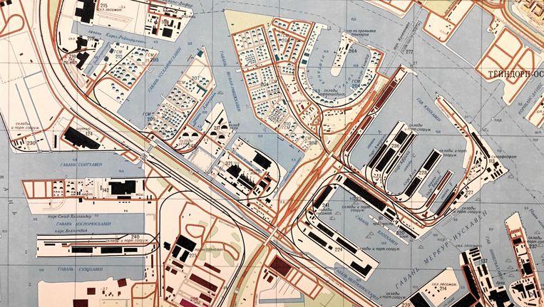 Deel van de Sovjetkaart van Amsterdam met daarop het Westelijk Havengebied Beeld Jana Seta Map Shop