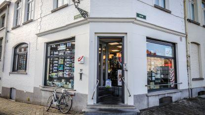 Brugse krantenwinkel voor tweede keer op klein jaar tijd overvallen: uitbaatster bedreigd met mes