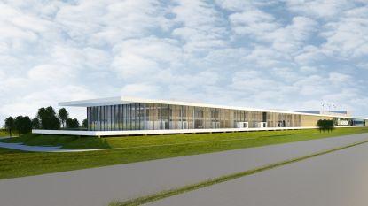 """Bouw Outdoor Experience Center van Renson langs E17 begonnen: """"150 nieuwe jobs in de Prijkels"""""""