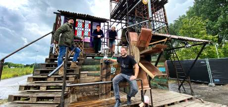 Tilburg heeft weer een stadsstrand met festival-vibe: 'Het moet niet te gelikt zijn'