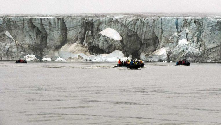 Nederlandse wetenschappers deden onderzoek bij het eiland Edgeøya, aan de oostkant van eilandengroep Spitsbergen, tijdens de grootste Nederlandse poolexpeditie ooit. Beeld anp