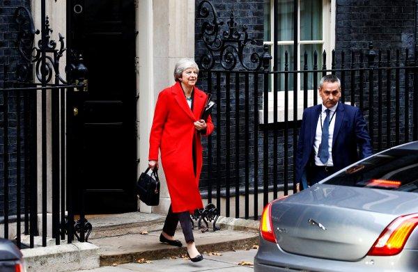 Mays Brexit-deal: niemand blij, toch maar doen?