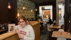 """Exact 1 jaar na dood chef Tom Van den Broeck zet zus Daisy zijn droom verder en opent ze eigen restaurant: """"Niet wachten tot het te laat is, dat heeft dit drama mij geleerd"""""""