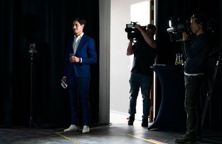 D66 voorman Rob Jetten zaterdag in de studio in Veldhoven tijdens het digitale congres van zijn partij.  Beeld Freek van den Bergh / de Volkskrant