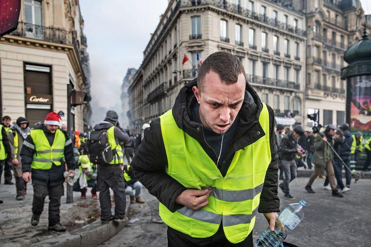 De gele hesjes in Parijs, december 2018. Beeld Guus Dubbelman