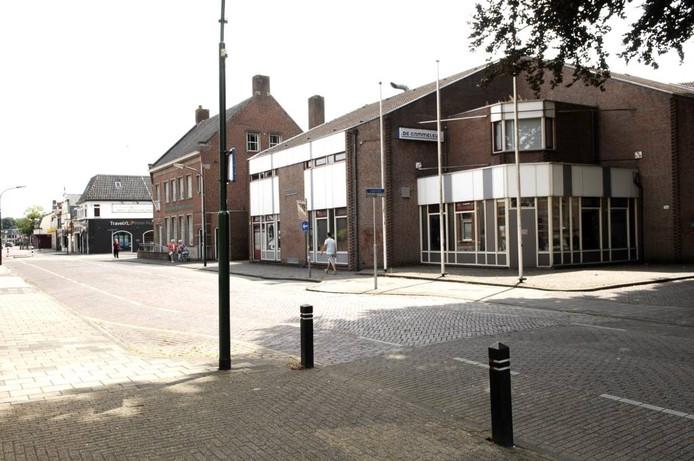 Op de plaats van De Cammeleur moet de mfa verschijnen. Wanneer dat gebeurt is nog onduidelijk.