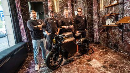 Bij deze Antwerpse bikerboys koop je een elektrische superbike met bijpassend motor-maatpak
