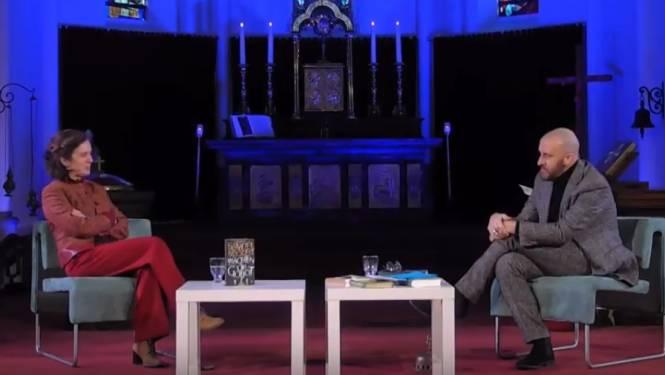 Acteur Tom Van Dyck geeft na bijna 35 jaar 'Wachten op Godot' terug en aanvaardt peterschap van bibliotheek