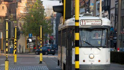 """Ben Weyts: """"Nog op zoek naar een vaderdagcadeau? Koop eens een tram!''"""